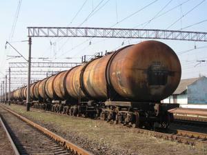 Утечка нефти на  железнодорожной станции
