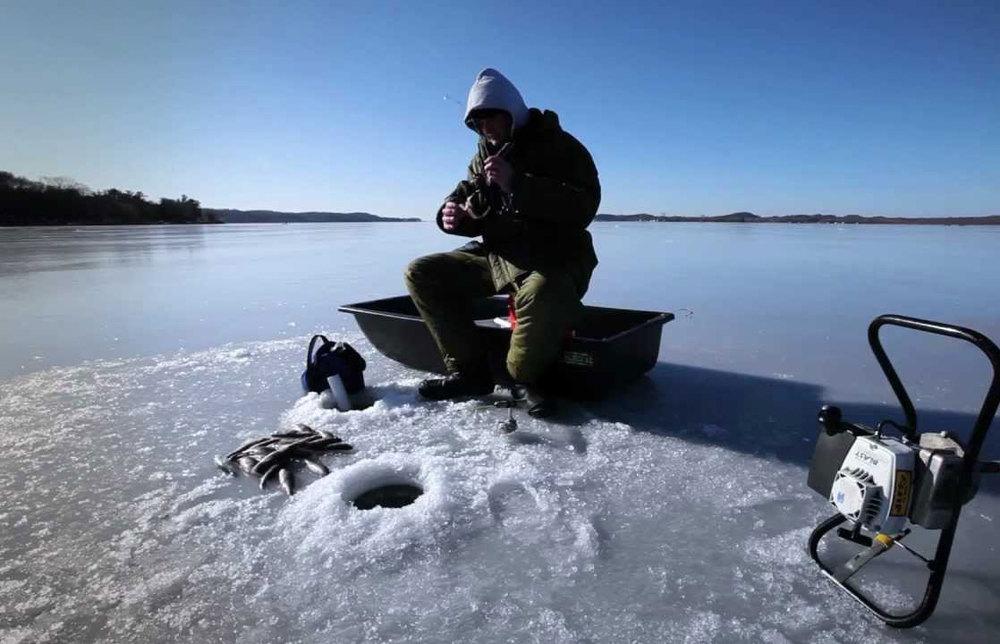 К рыбе в гости: правила безопасности на зимней рыбалке