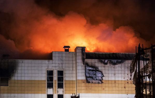 Уйти из огня: что делать во время пожара в общественном месте