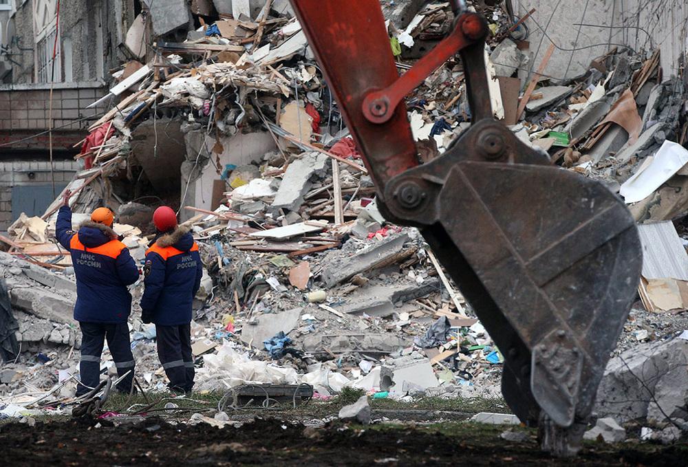Пол ухолит из-под ног: что делать при обрушении здания